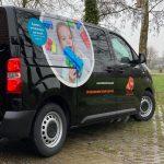 Autobelettering ontwerp en realisatie Tiko Kinderopvang